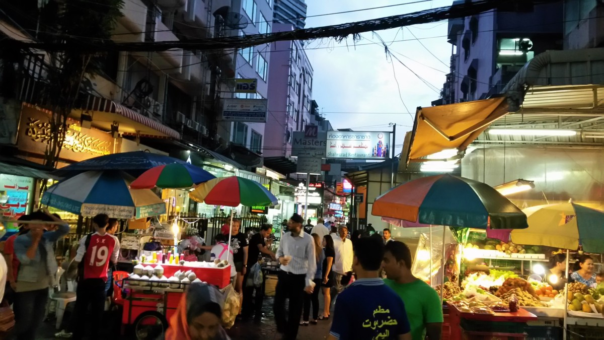 Soi 3 is the Arab disrict of Bangkok