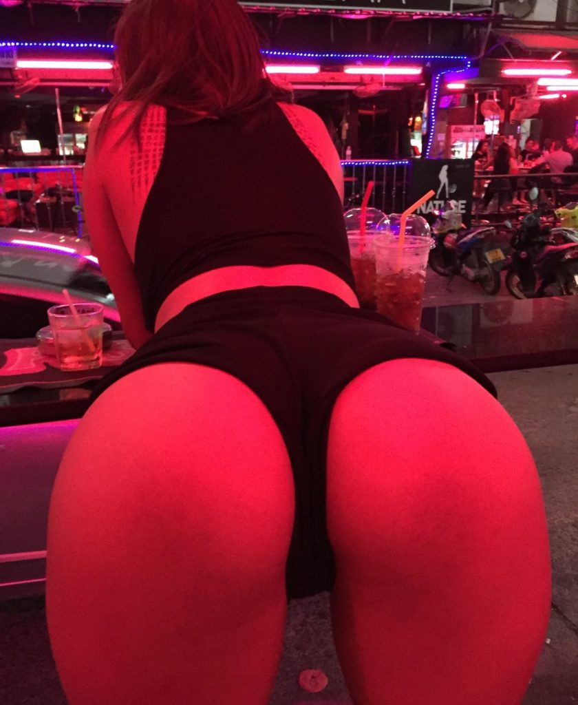 Pattaya Soi 6 Bar Girl